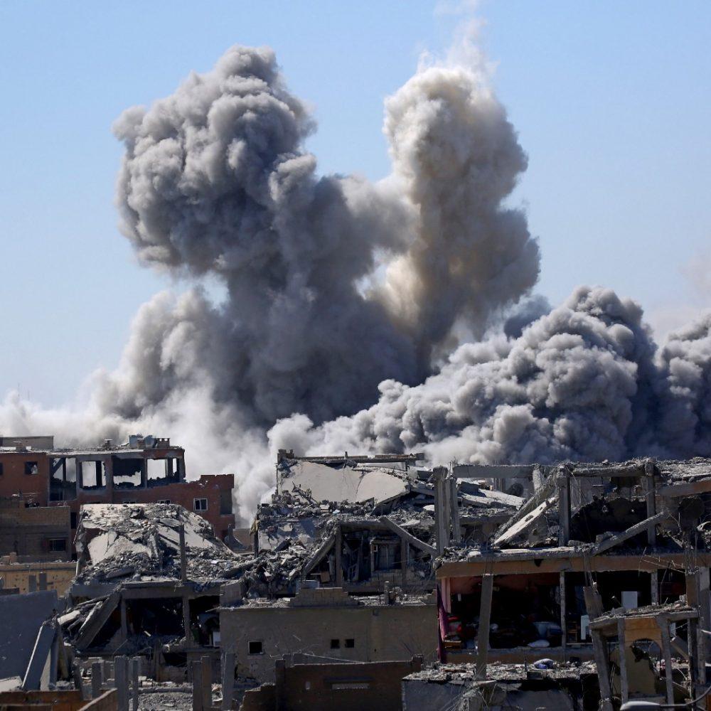 کمیته بینالمللی صلیب سرخ از کشته شدن بیش از 100 نفر در حمله ائتلاف سعودی به زندان اسرای جنگی در استان ذمار خبر داد.