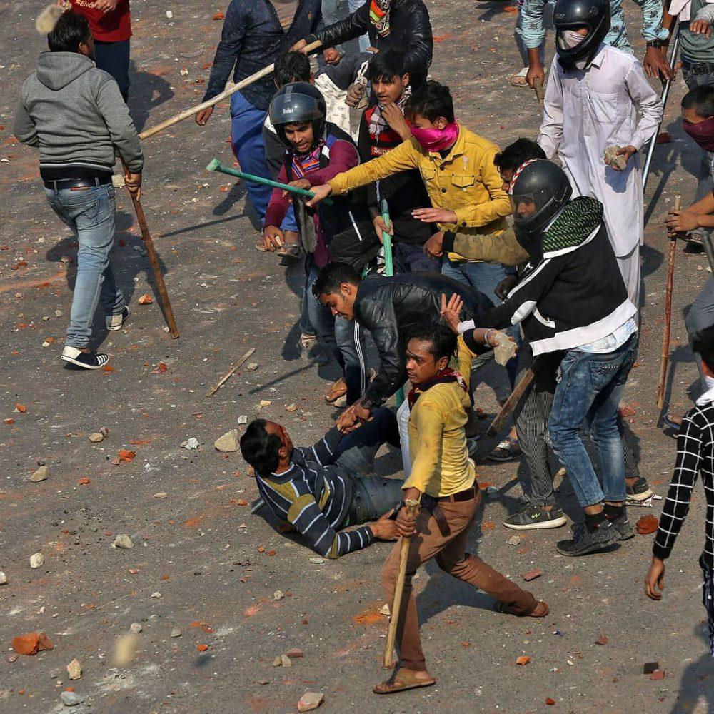 بیانیه: مردم هند خود به مقابله با این فرهنگ وحشیگری به پا خیزند